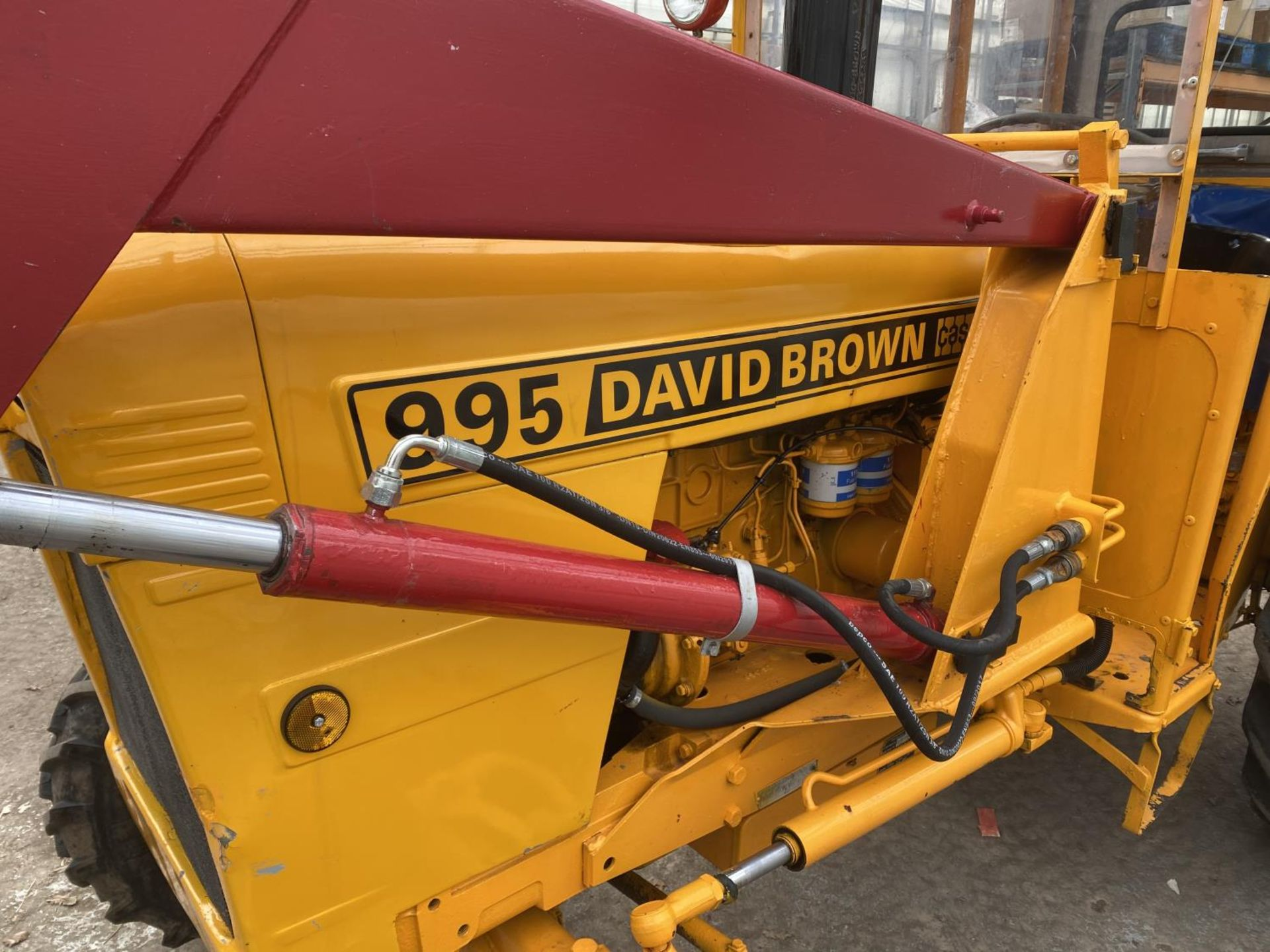 A DAVID BROWN 995 TRACTOR WITH FORE END LOADER AND MANURE FORK 3779 HOURS - Image 2 of 11