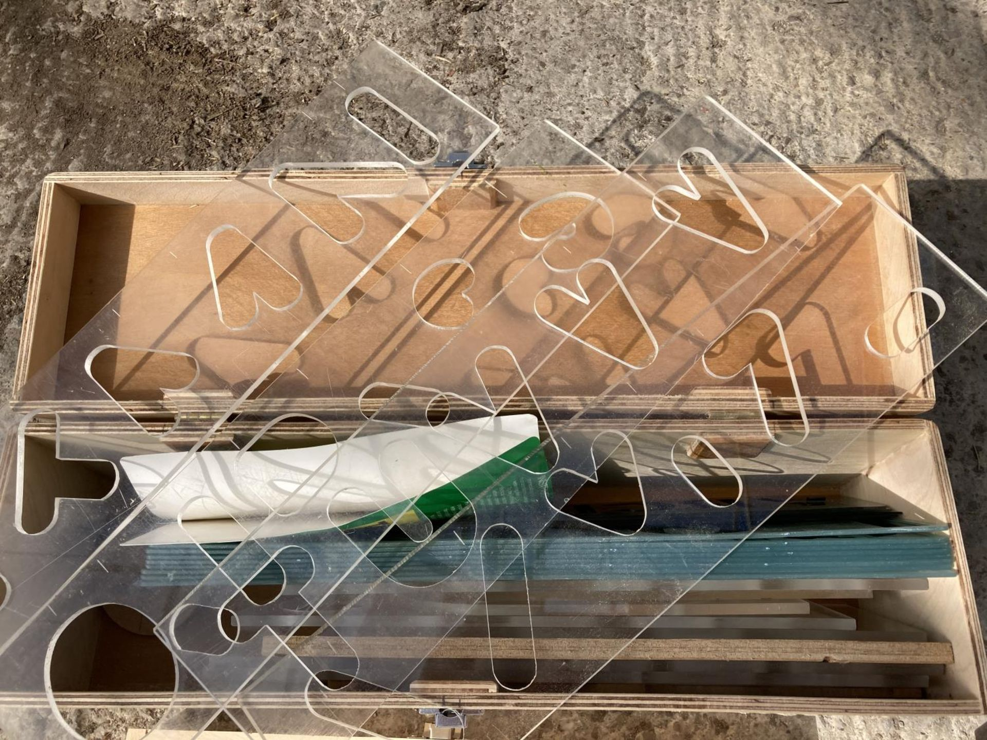 FOUR BOXES CONTAINING ARBORTECH CUTTERS, DRILL ATTACHMENTS, STENCILS NO VAT - Image 2 of 5