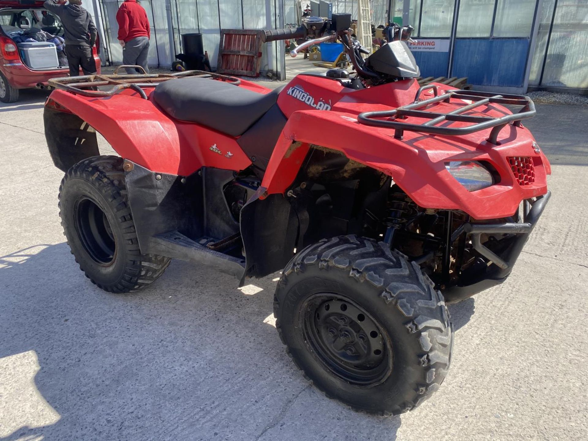 A 2013 SUZUKI KING QUAD, 400 CC AUTOMATIC - SEE VIDEO OF VEHICLE STARTING AND RUNNING - NO VAT - Image 4 of 12