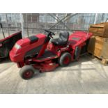 A COUNTAX HYDOSTATIC C300H RIDE ON MOWER, RUNNER BUT NO WARRANTY (CUTTER NEEDS ATTENTION) NO VAT