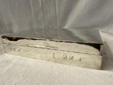 A BIRMINGHAM SILVER CIGARETTE BOX 23CM X 15CM X 5CM (WEIGHT 1000G)