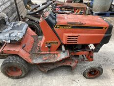 A WESTWOOD S1000 10HP ELECTRIC START RIDE ON MOWER NO VAT