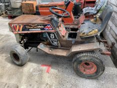 A WESTWOOD 5 SPEED TRANSAXLE-DRIVE COMPACT TRACTOR NO VAT