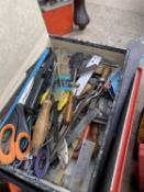 AN ASSORTMENT OF TOOLS TO INCLUDE SAWS, SCREW DRIVERS AND CHISELS