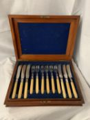 A VINTAGE MAHOGANY CANTEEN OF FLATWARE HEALY ENGRAVED WITH BARLEY TWIST HANDLES. SIX PLACE SETTING