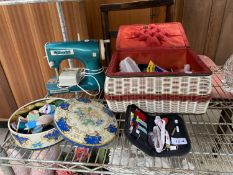 AN ASSORTMENT OF SEWING ITEMS TO INCLIUDE A STARLET SEWING MACHINE ETC