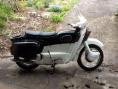 A 1962 ARIEL LEADER MOTORCYCLE, 250 CC, REGISTRATION UMS 880. THE FRAME AND ENGINE NUMBERS MATCH