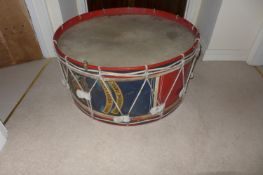 A LARGE EARLY 20TH CENTURY ROYAL ARTILLARY REGIMENTAL BASE DRUM, 82CM DIAMETRE, WITH ROYAL COAT OF