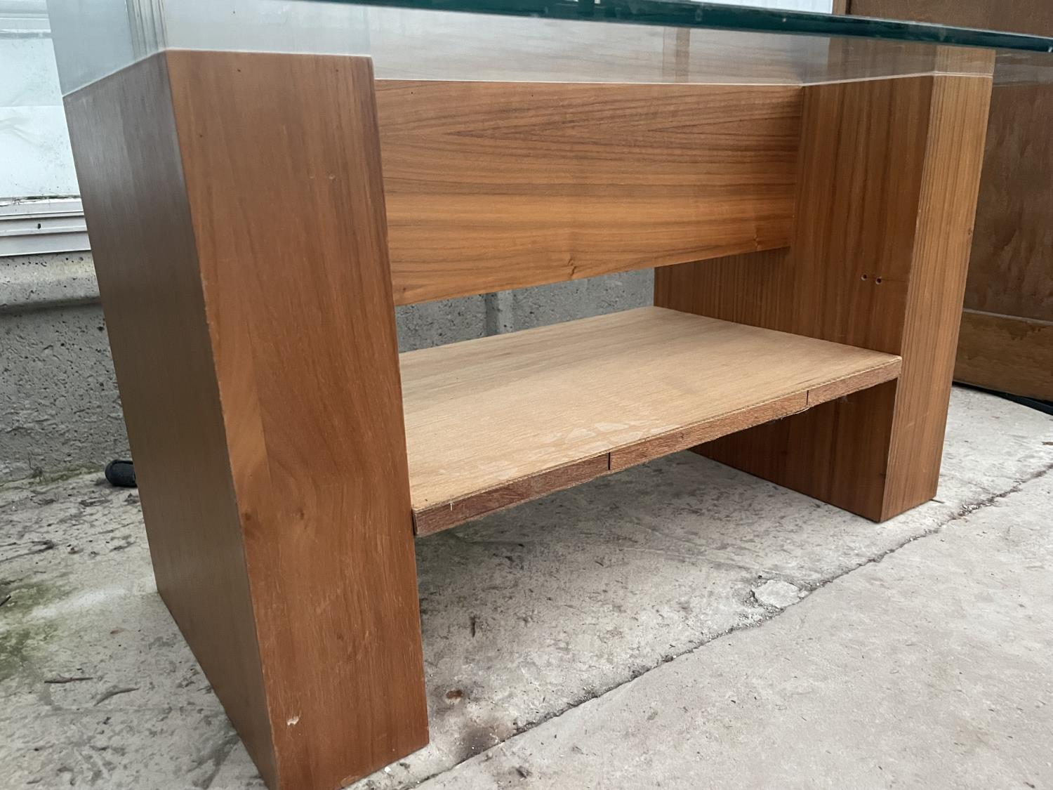 """A MODERN GLASS TOP COFFEE TABLE, 43X22"""" - Image 3 of 4"""