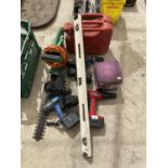 AN ASSORTMENT OF TOOLS TO INCLUDE BATTERY DRILLS, AN ELECTRIC HEDGE TRIMMER AND A FUEL CAN ETC
