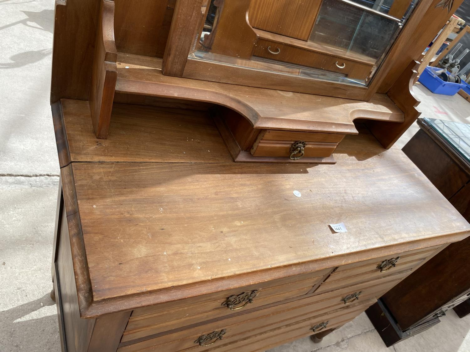 """A VICTORIAN SATINWOOD DRESSING CHEST, 38"""" WIDE - Image 5 of 7"""