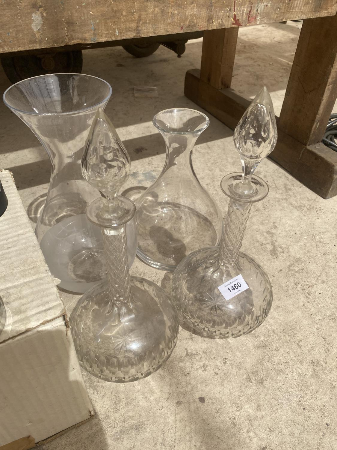 AN ASSORTMENT OF GLASS ITEMS TO INCLUDE VASES AND TWO DECANTORS ETC - Image 2 of 4