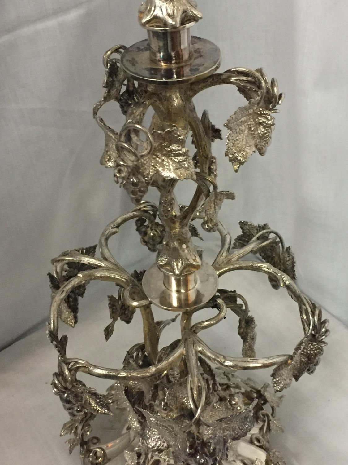 AN ORNATE SILVER PLATED EPERGENE WITH GLASS FLUTE HEIGHT 65CM - Image 4 of 5