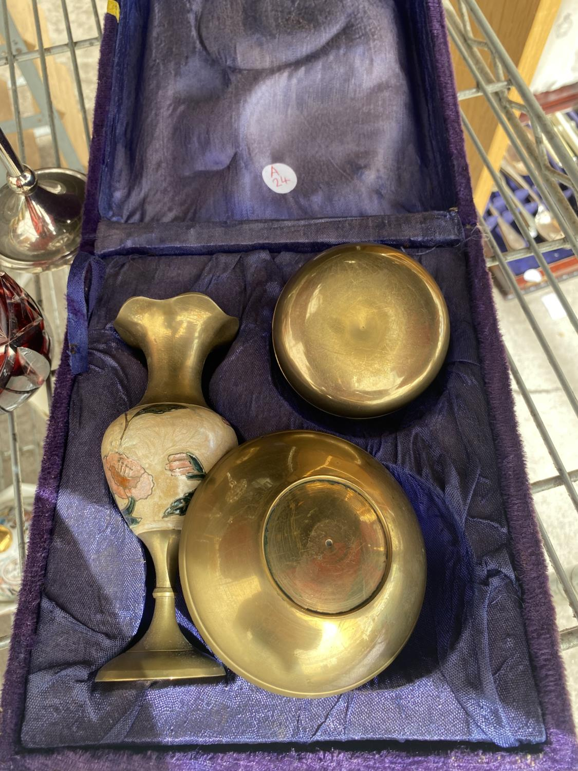 A BOXED BRASS VASE, TRINKET DISH AND TRINKET BOWL, WITH A SUGAR SHAKER AND A CANDLE HOLDER - Image 3 of 5