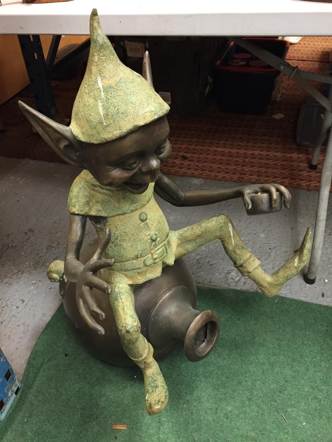 A LARGE BRONZE FIGURE OF A PIXIE - Image 2 of 4