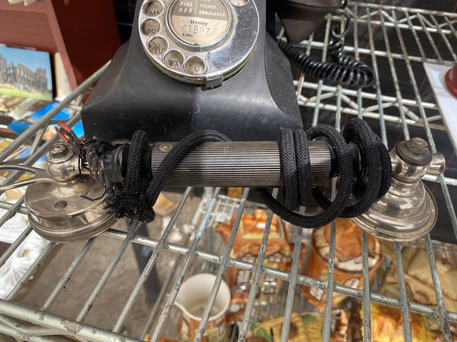 A VINTAGE TELEPHONE AND A FURTHER TELPHONE RECIEVER - Image 3 of 4