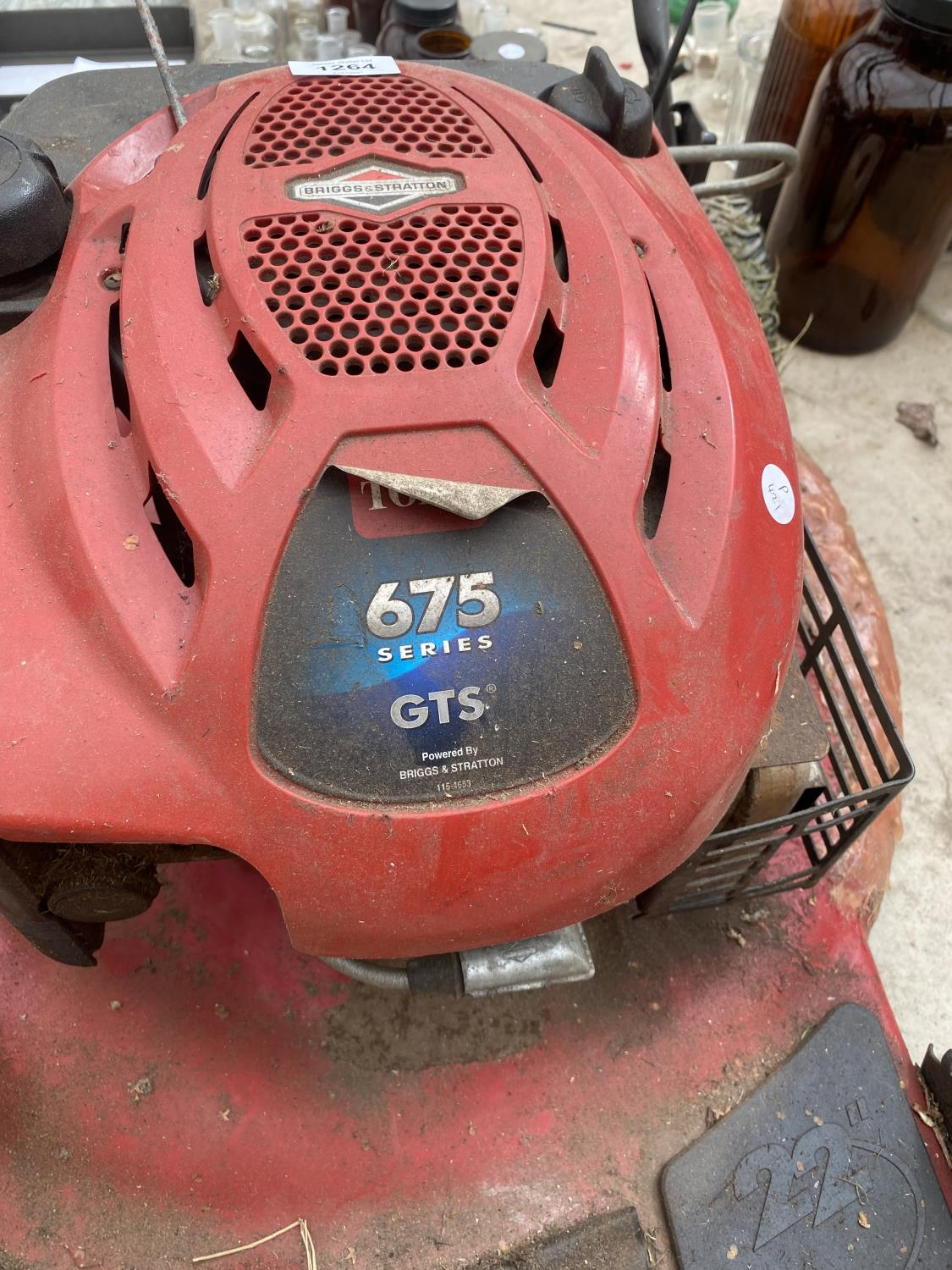 """A TORRO RECYCLER 22"""" LAWN MOWER WITH BRIGGS AND STRATTON PETROL LAWN MOWER - Image 2 of 5"""