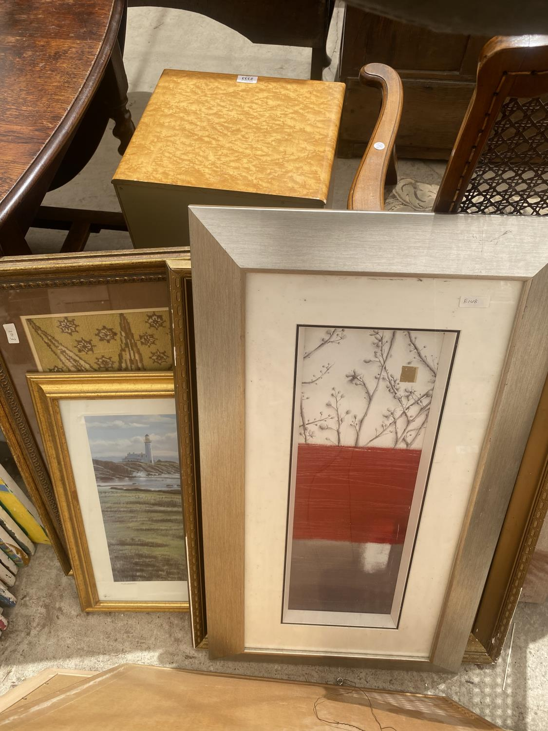 AN ASSORTMENT OF FRAMED PRINTS AND PICTURES - Image 5 of 5