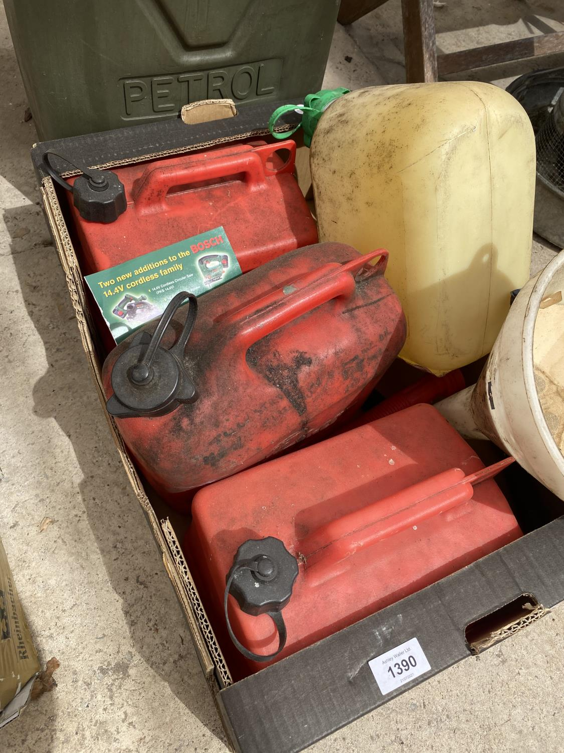AN ASSORTMENT OF PLASTIC FUEL CANS - Image 2 of 4