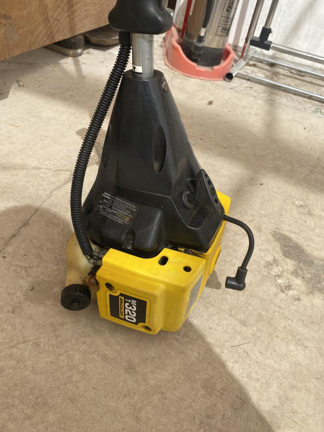 A MCCULLOCH PETROL STRIMMER - Image 4 of 4