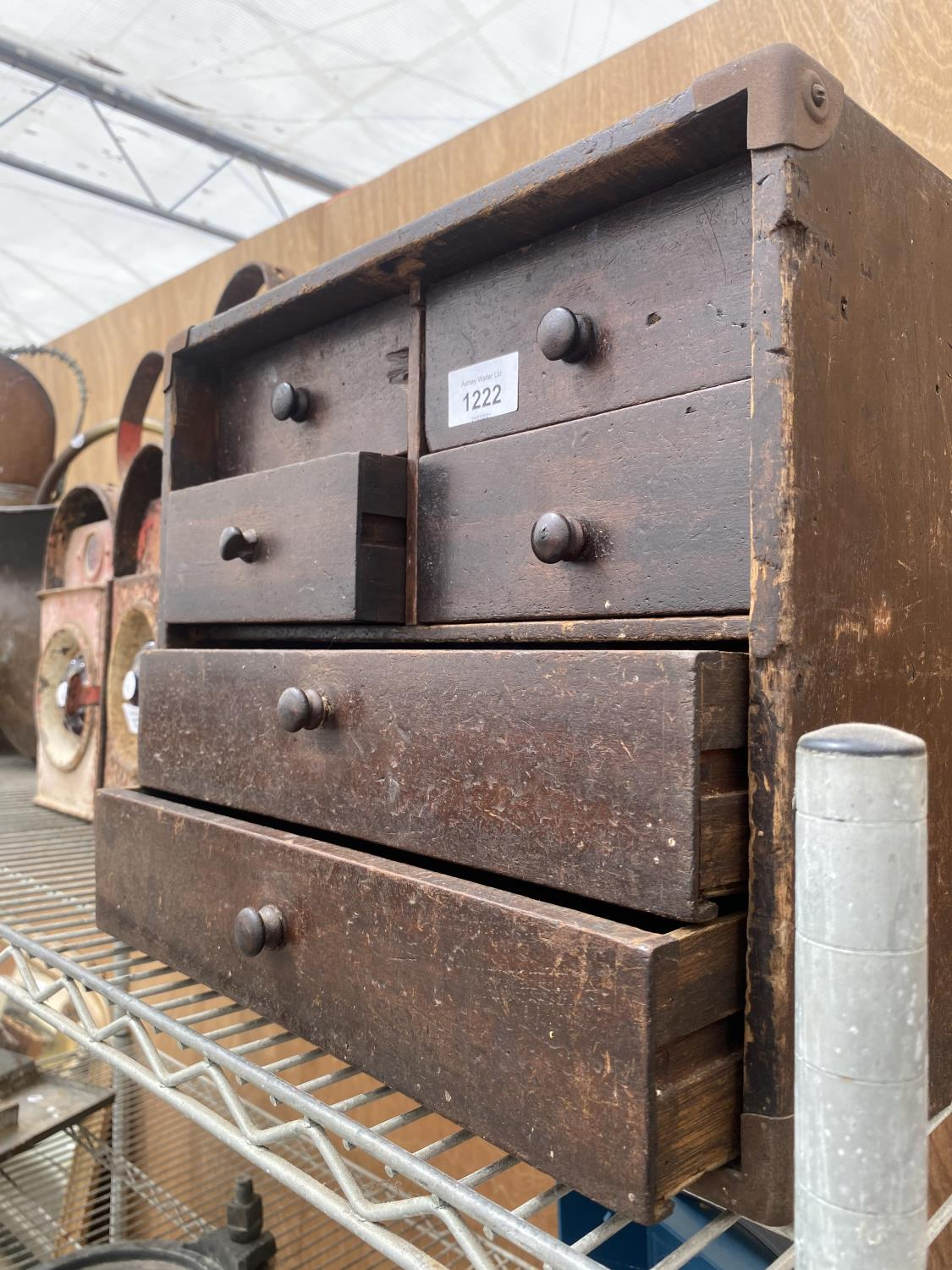 A VINATGE ENGINEERS CHEST ENCLOSING FOUR SHORT AND TWO LONG DRAWERS - Image 5 of 5