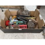 AN ASSORTMENT OF TOOLS TO INCLUDE CUTTING DISCS AND HINGES ETC
