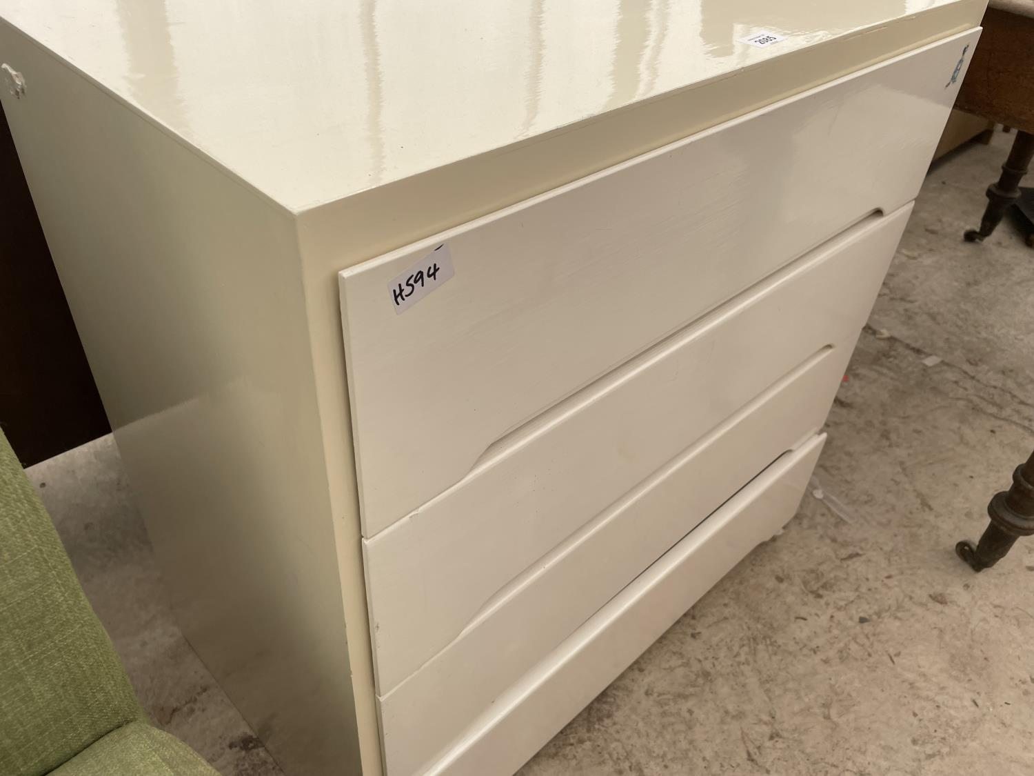 """A PAINTED CHEST OF THREE DRAWERS, 30"""" WIDE - Image 2 of 2"""