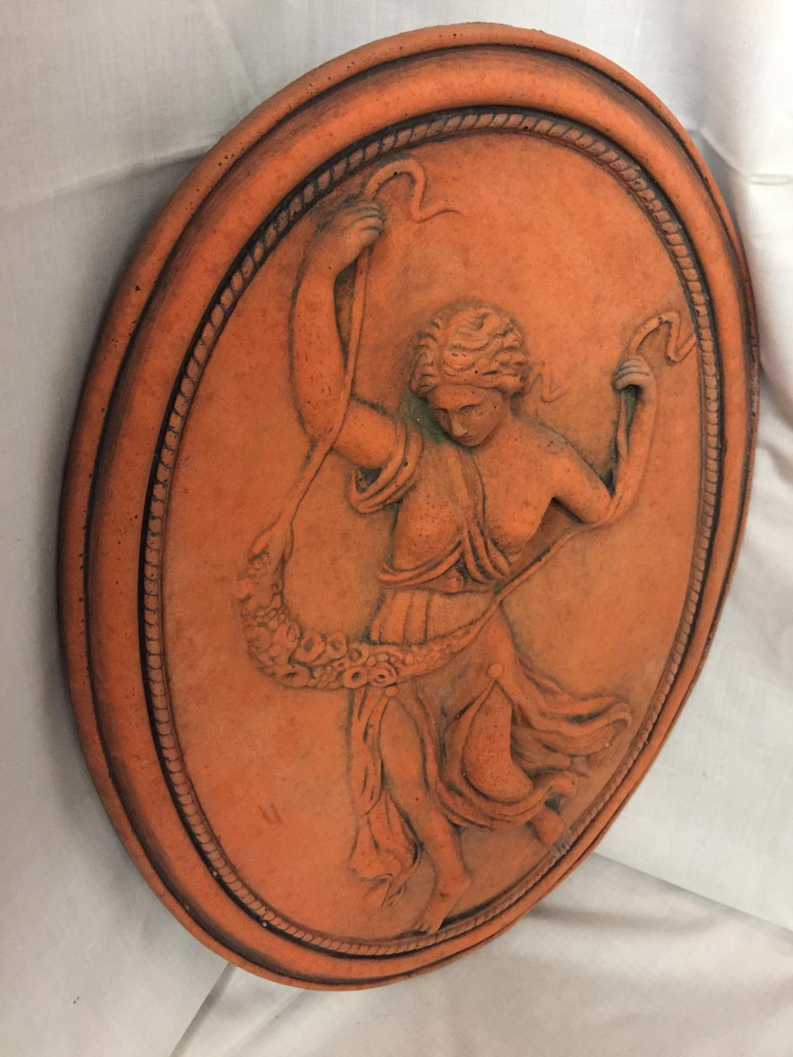 A TERRACOTTA PLAQUE OF A ROMAN SOLDIER - Image 2 of 2