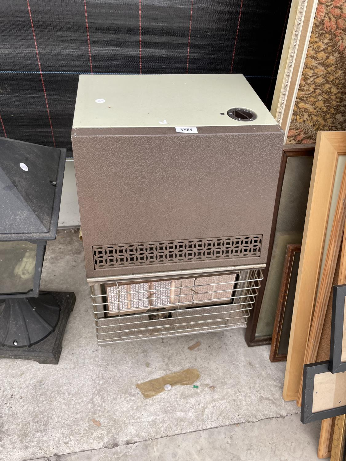 A GAS HEATER - Image 2 of 4