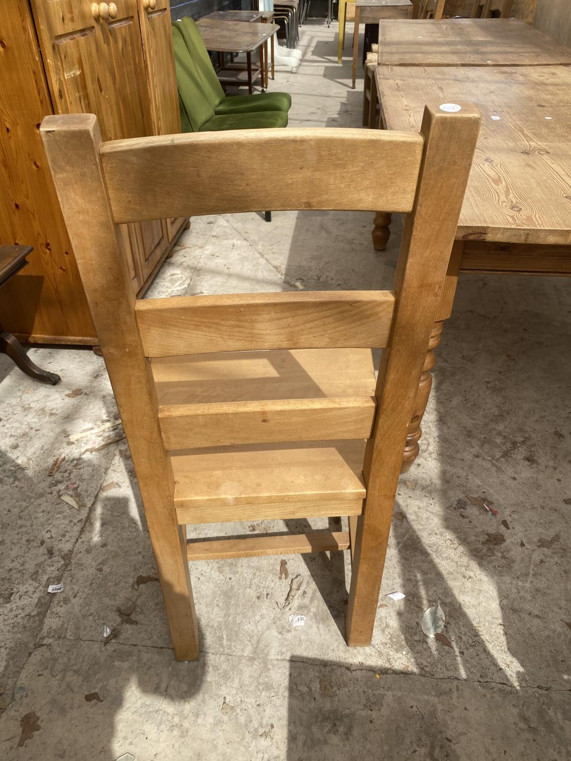 A SET OF SIX PINE LADDER-BACK DINING CHAIRS - Image 4 of 5
