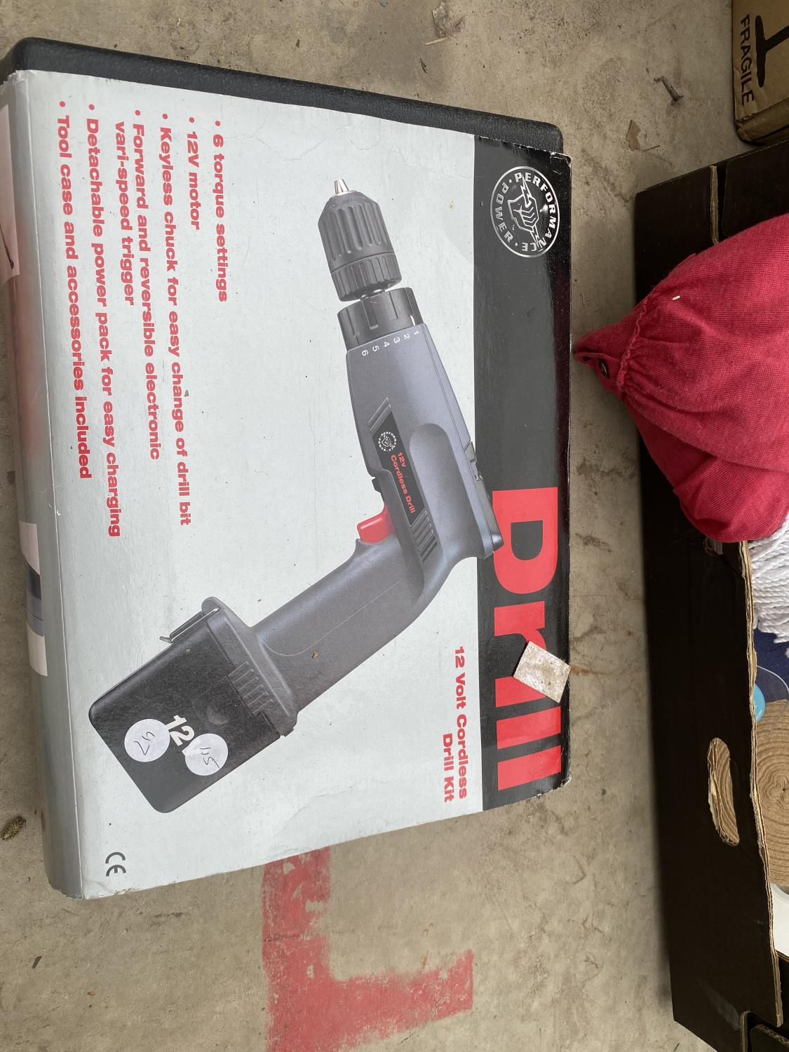 A BLACK AND DECKER JIGSAW AND A BATTERY DRILL - Image 3 of 3