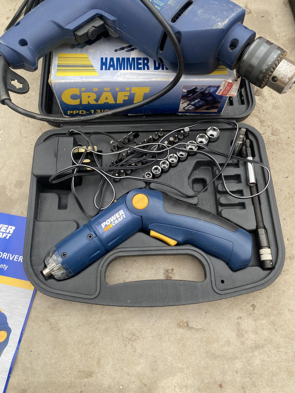A POWER CRAFT SOCKET SET A POWER CRAFT HAMMER DRILL AND TITAN PRO DRILL BITS AND BLACK AND DECKER - Image 3 of 5