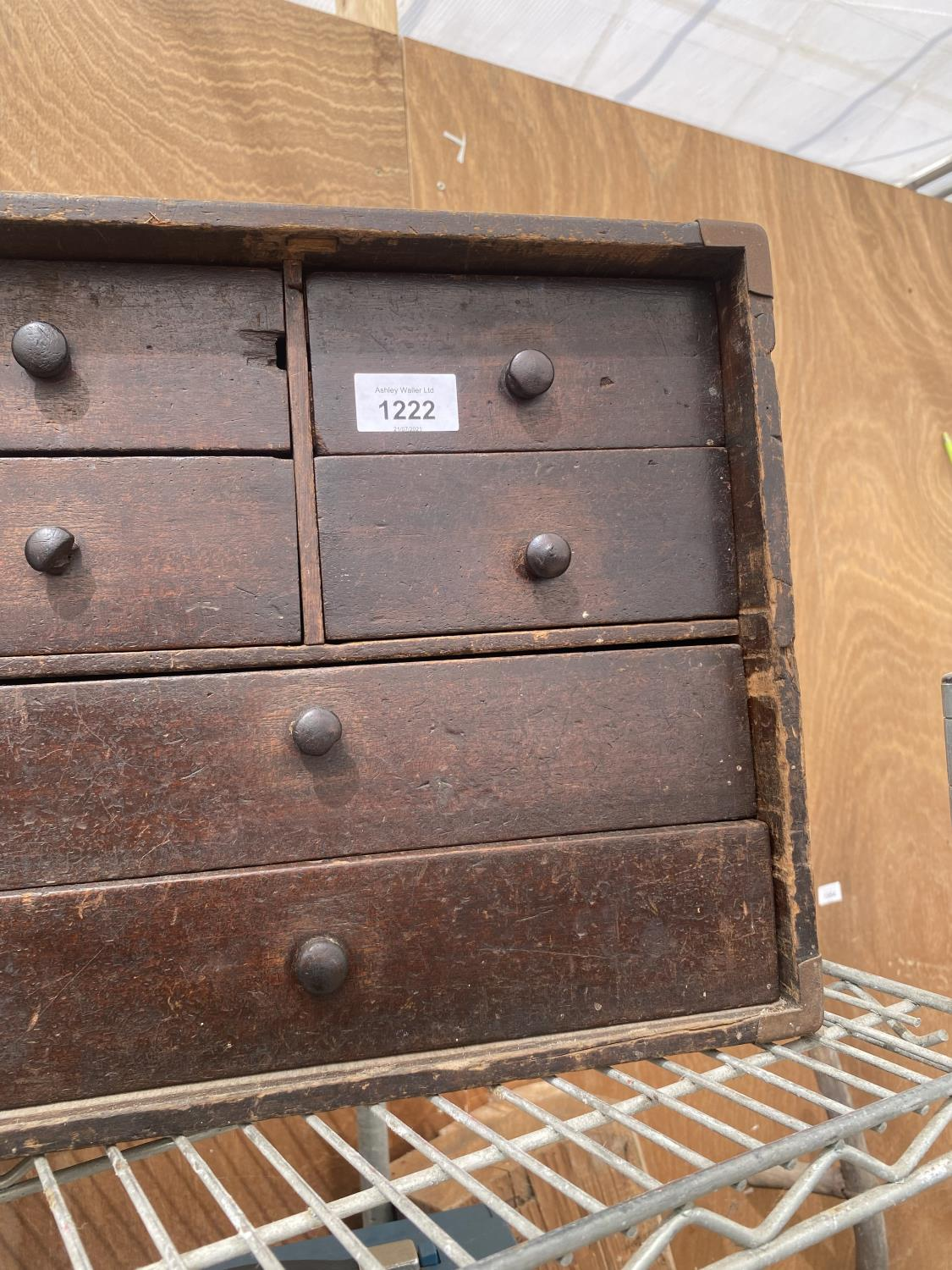 A VINATGE ENGINEERS CHEST ENCLOSING FOUR SHORT AND TWO LONG DRAWERS - Image 3 of 5