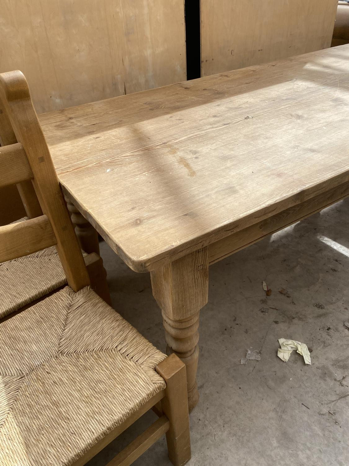 """A VICTORIAN STYLE PINE KITCHEN TABLE ON TURNED LEGS, 72X35.5"""" - Image 2 of 4"""