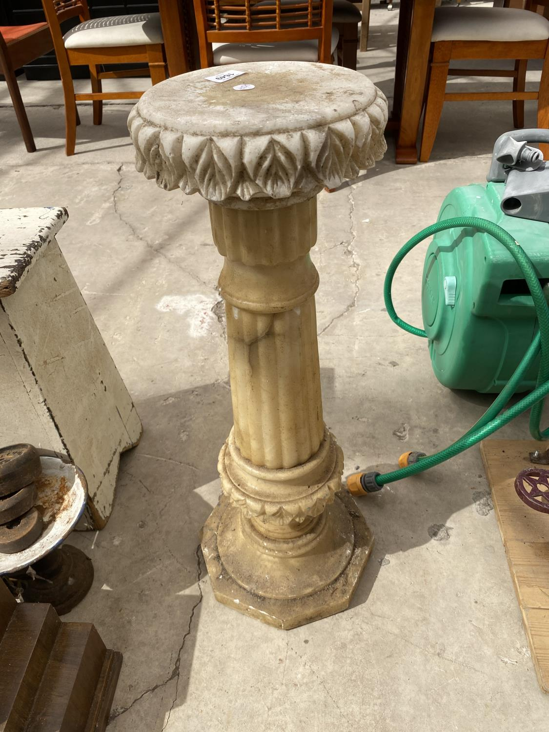 A MARBLE EFFECT JARDINAIRE STAND