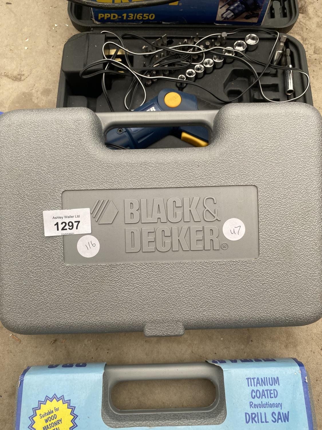 A POWER CRAFT SOCKET SET A POWER CRAFT HAMMER DRILL AND TITAN PRO DRILL BITS AND BLACK AND DECKER - Image 5 of 5