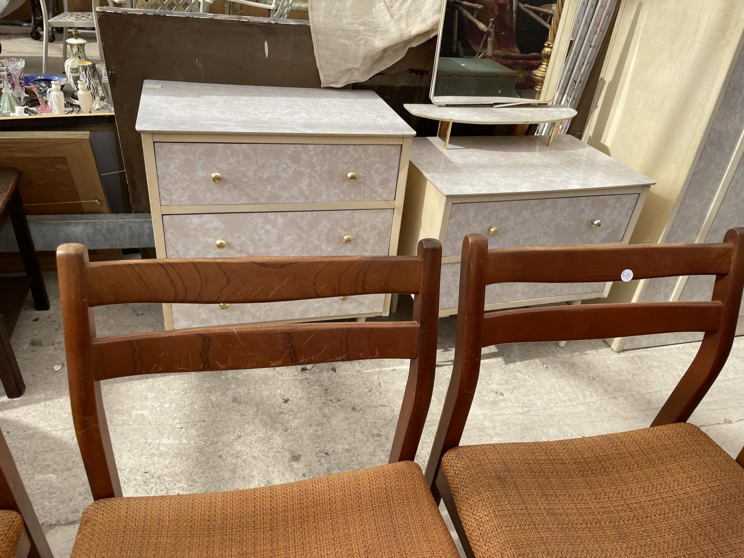 FOUR RETRO TEAK DINING CHAIRS - Image 4 of 5
