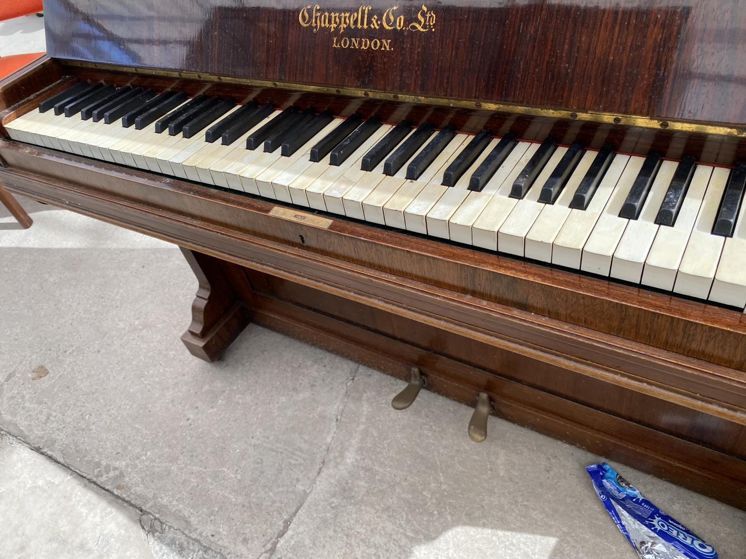 A CHAPPELL & CO LTD UPRIGHT PIANO STAMPED HARTSON & SON, NEWARK - Image 2 of 5