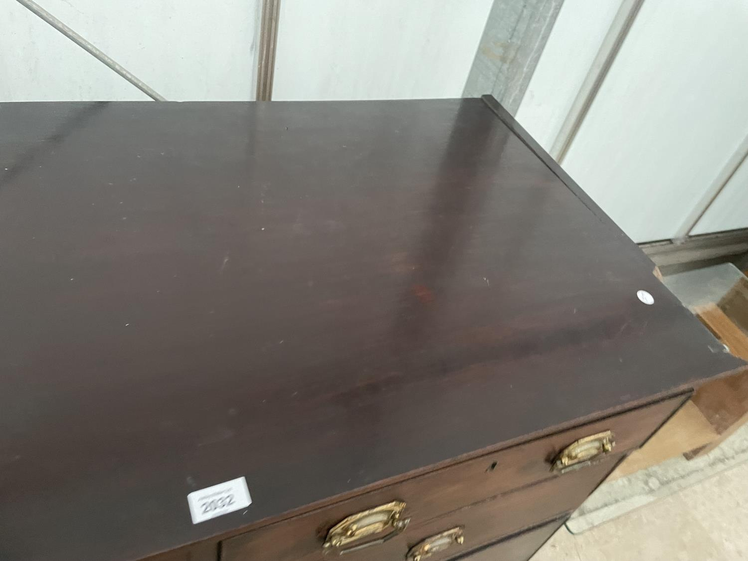 """A 19TH CENTURY MAHOGANY CHEST OF TWO SHORT AND THREE LONG GRADUATED DRAWERS, 46.5"""" WIDE - Image 3 of 9"""