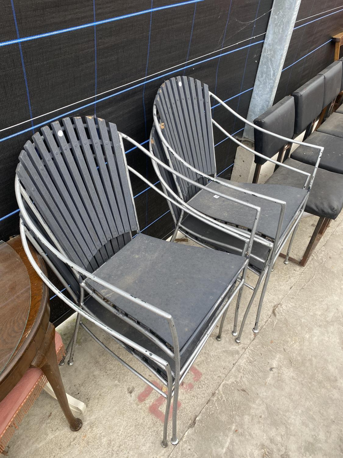 FOUR METAL FRAMED PATIO CHAIRS - Image 4 of 4