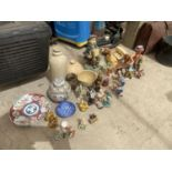 AN ASSORTMENT OF CERAMIC WARE TO INCLUDE ORIENTAL GINGER JAR, STONE WARE ITEMS AND MUSICAL FIGURES