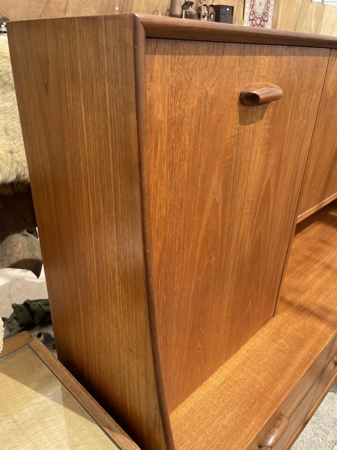 A G PLAN RETRO TEAK SIDEBOARD WITH UPPER CABINET - Image 3 of 8