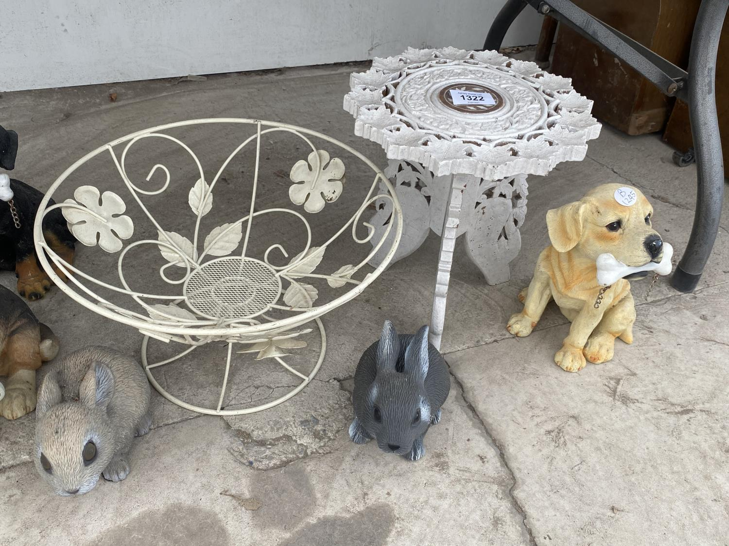 AN ASSORTMENT OF ORNAMENTS TO INCLUDE DOGS, BIRDS AND RABBITS ETC - Image 4 of 4