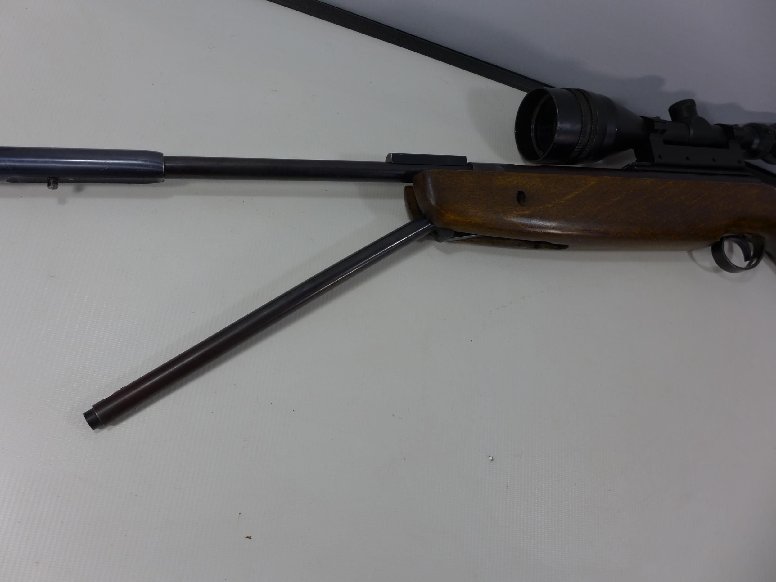 A .22 CALIBRE UNDERLEVER AIR RIFLE WITH SILENCER, LENGTH 47CM, WITH TASCO 9X50 TELESCOPIC SIGHTS - Image 5 of 7