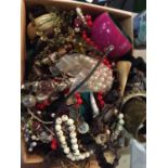 A BOX OF MIXED JEWELLERY TO INCLUDE BANGLES, NEKLACES
