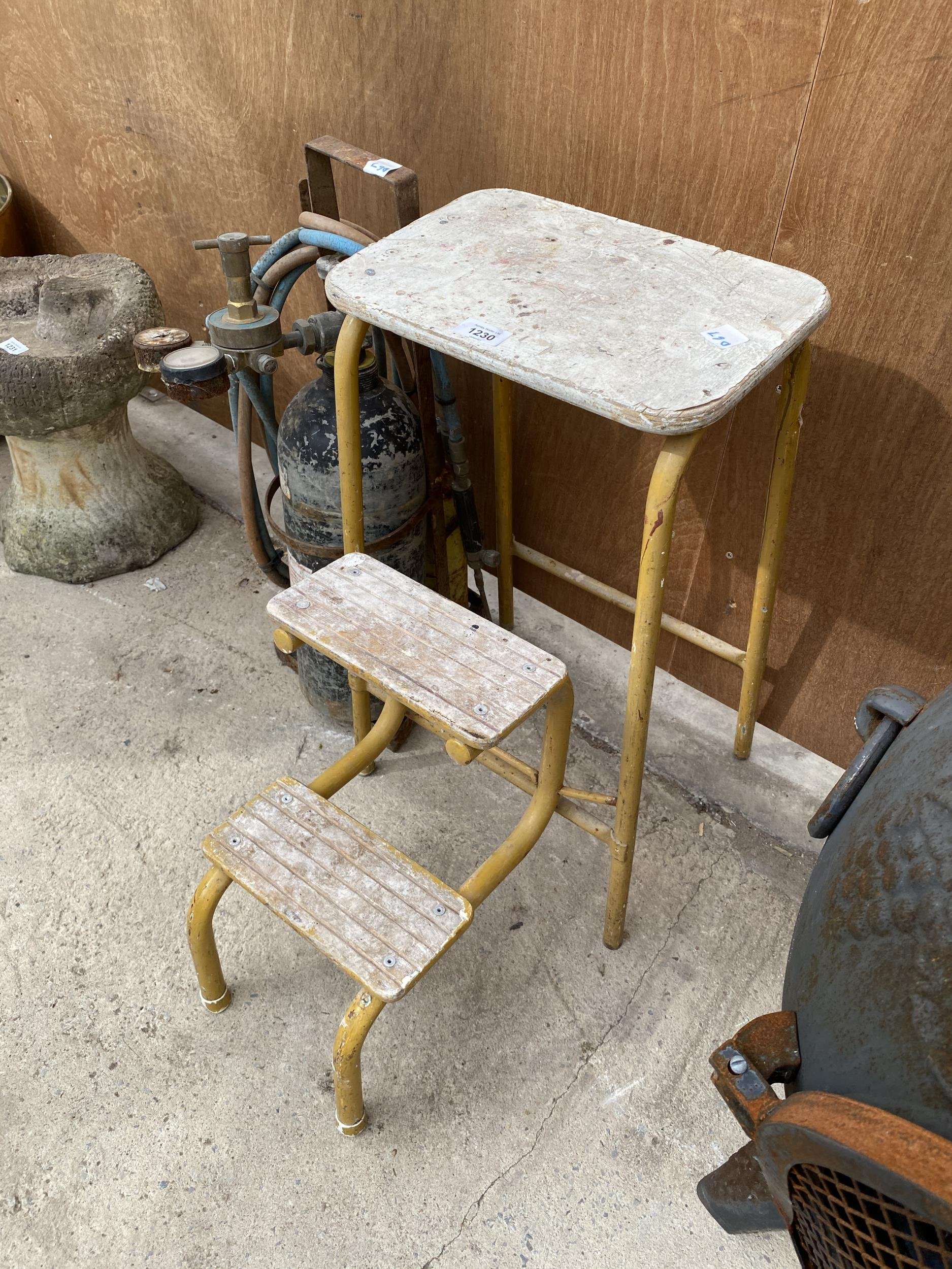 A VINTAGE KITCHEN STEP AND A GAS CUTTING BOTTLE - Image 2 of 4