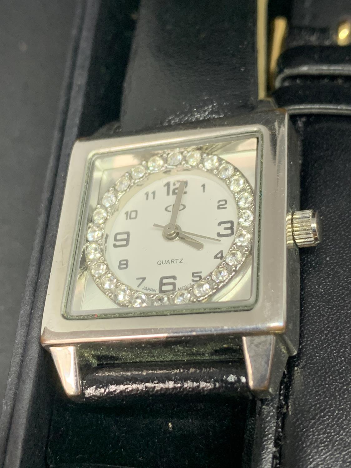 TWO WRISTWATCHES WITH BLACK LEATHER STRAPS - Image 3 of 3