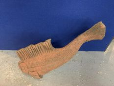 A LARGE TERRACOTTA STONE FISH, APPROX LENGTH 78CM, HEIGHT 48CM
