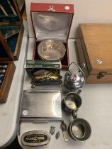 A COLLECTION OF SILVER PLATE AND PEWTER ITEMS TO INCLUDE A TANKARD, MARTINS BANK LIMITED MONEY