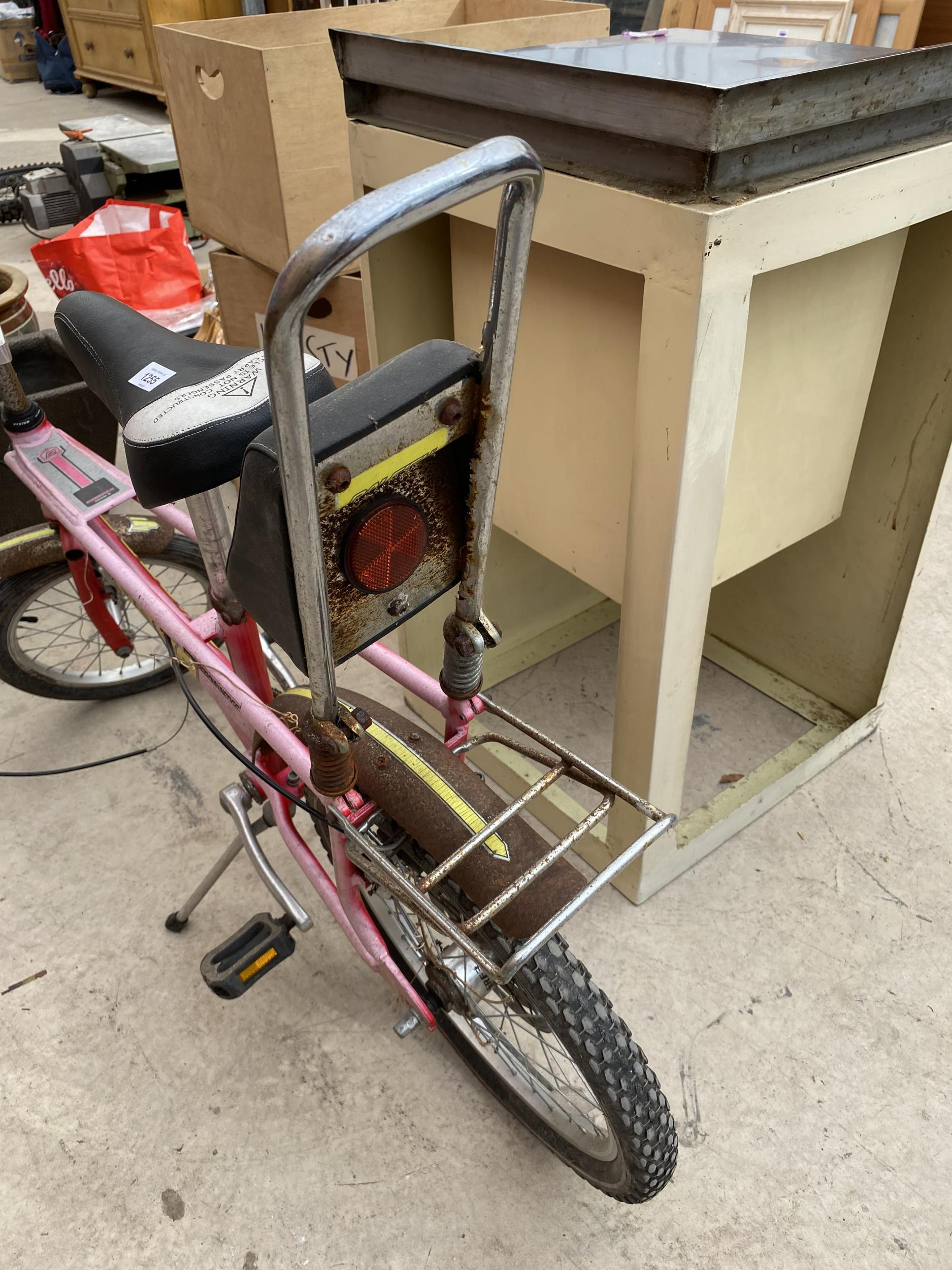 A RALEIGH CHOPPER MARK 3 BICYCLE - Image 4 of 7